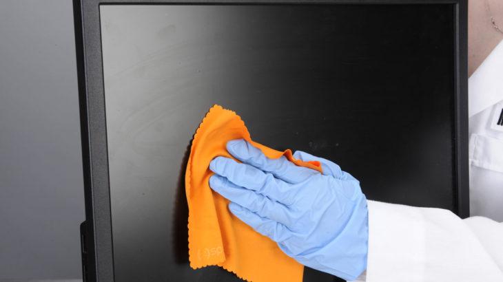 Чем протереть экран телевизора, ноутбука и других электронных устройств