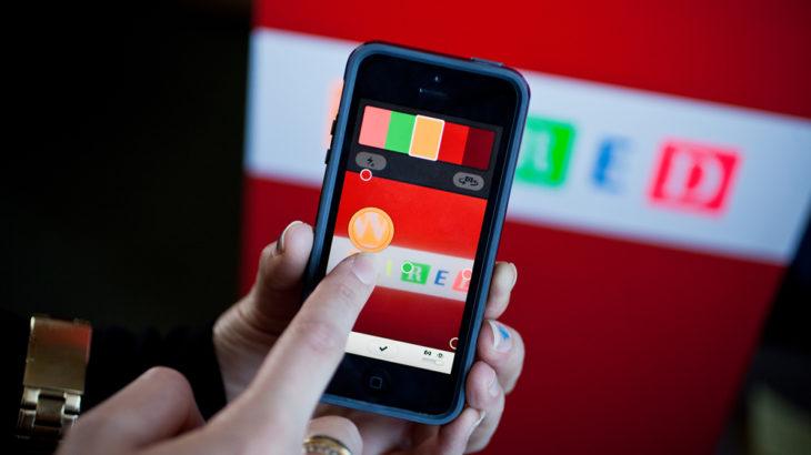 iPhone научился подбирать цветовые схемы: Приложение Coolors