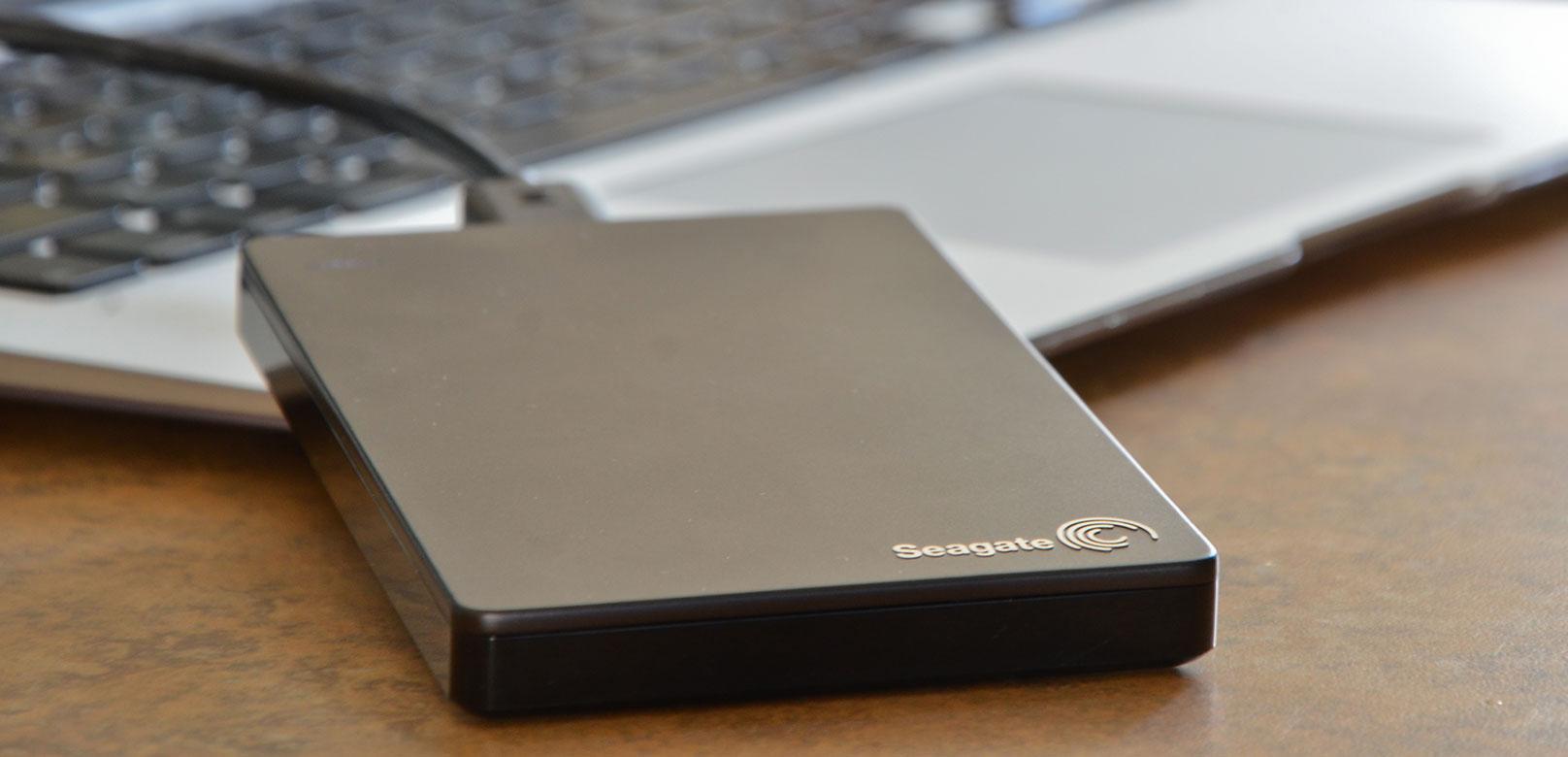 Какой внешний жесткий диск выбрать: для ноутбука, телевизора