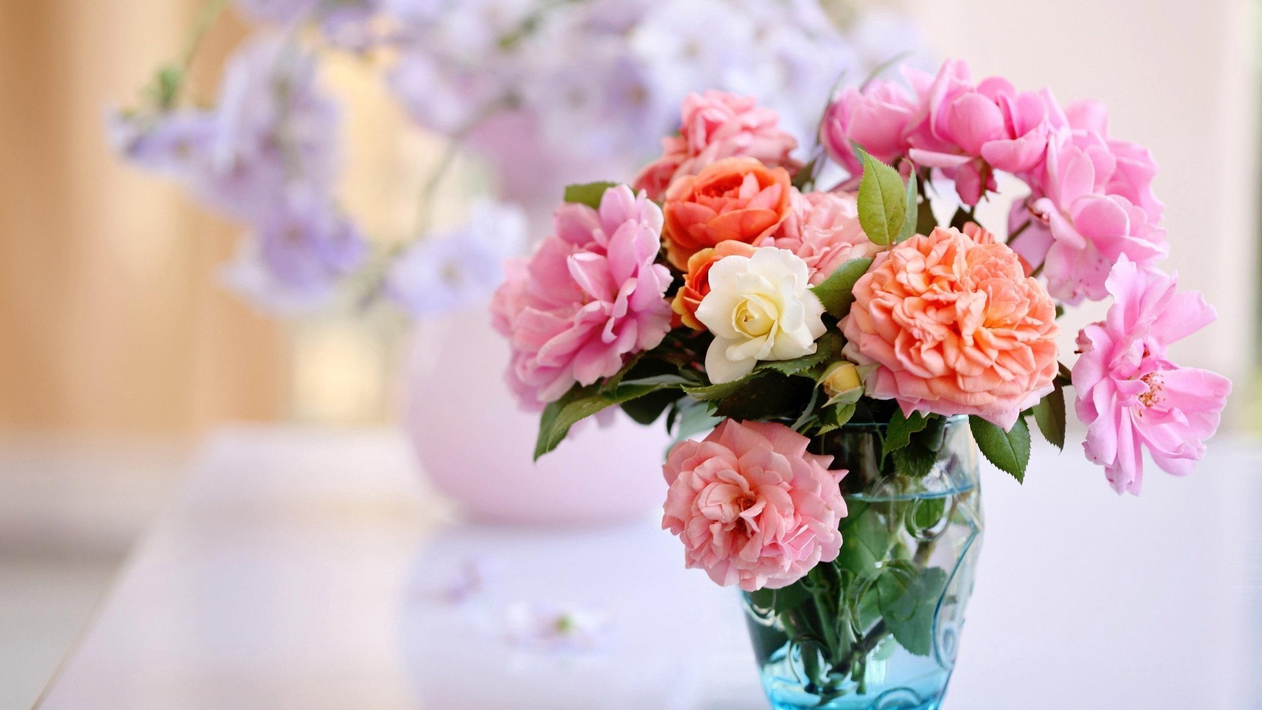 Как долго сохранить розы в вазе