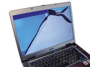 Как происходит замена экранов ноутбука