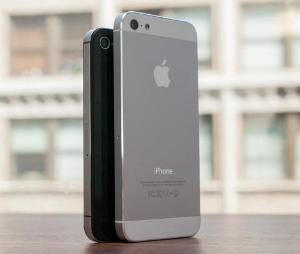 iPhone 6 появиться в нескольких вариантах, различающихся по размеру экрана: встречайте в июне