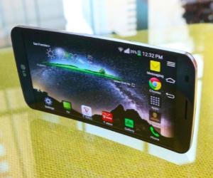 LG G Flex: смартфон с мощным аккумулятором и изогнутым экраном