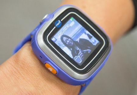 Детские умные часы: KidiZoom Smart Watch от VTech