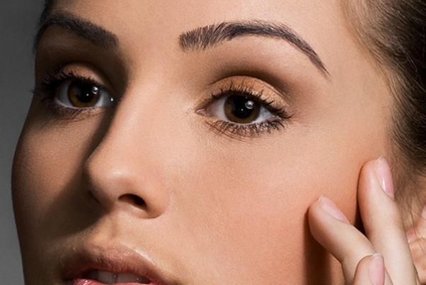 Корректируем черты лица: оформление бровей
