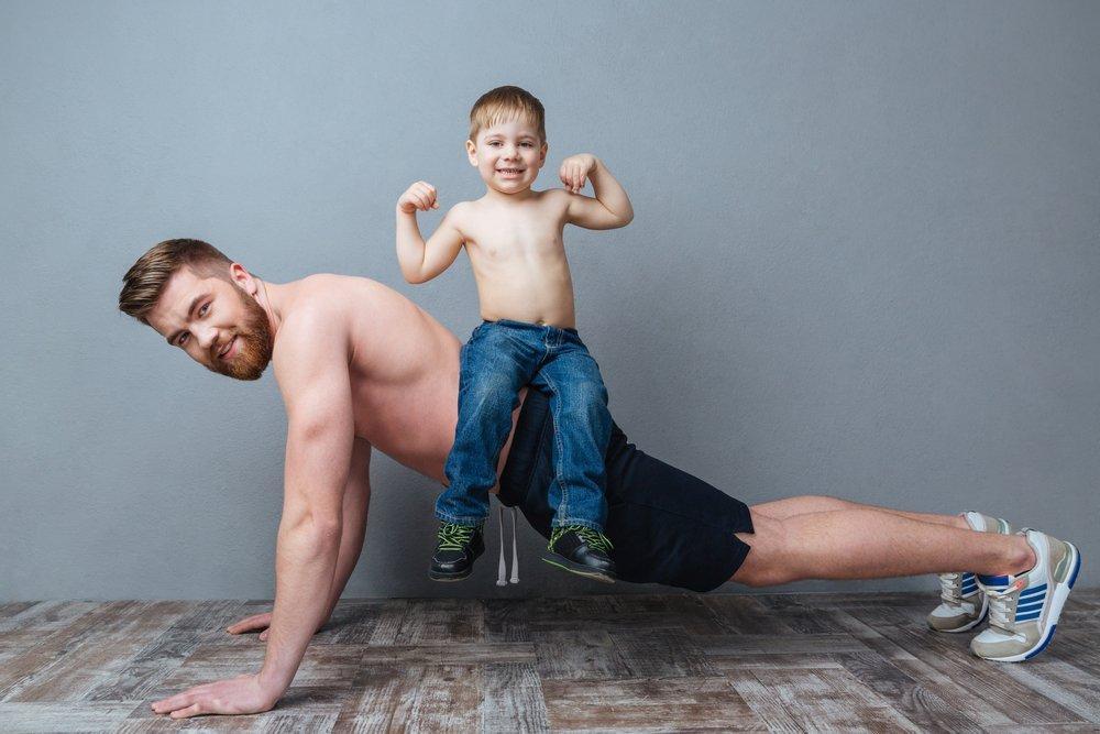 Ребенок вместо тренажера: совмещаем игру с тренировкой
