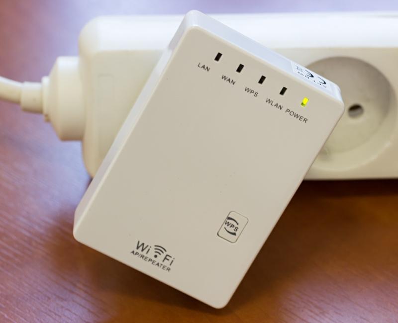 Как настроить повторитель WiFi сигнала? Разбираемся на примере TL-WA850RE