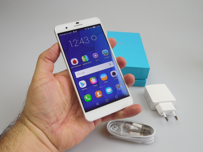 Honor 6 Plus от Huawei на Android с дуал-камерой