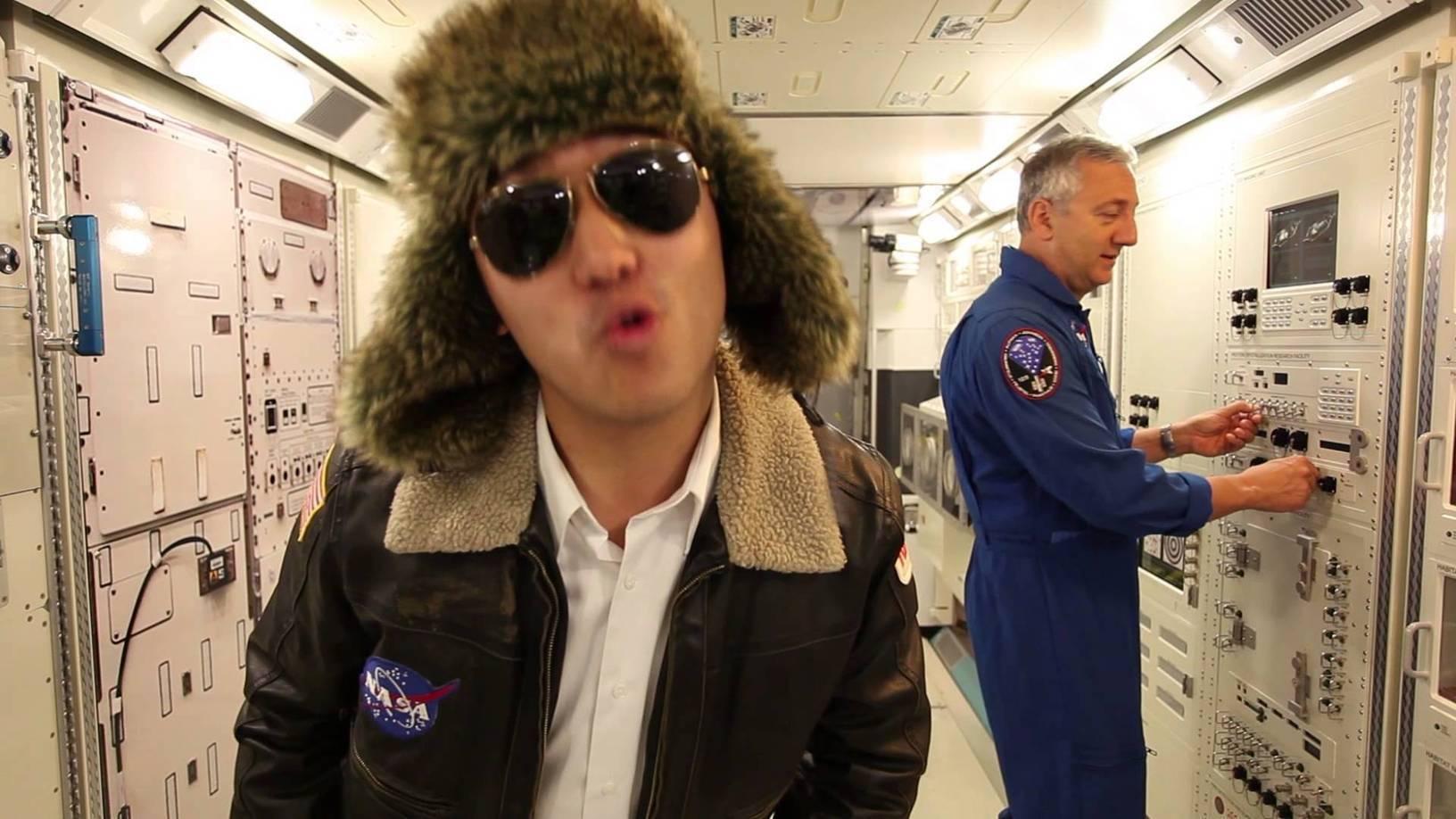 Пародия NASA на Gangnam Style