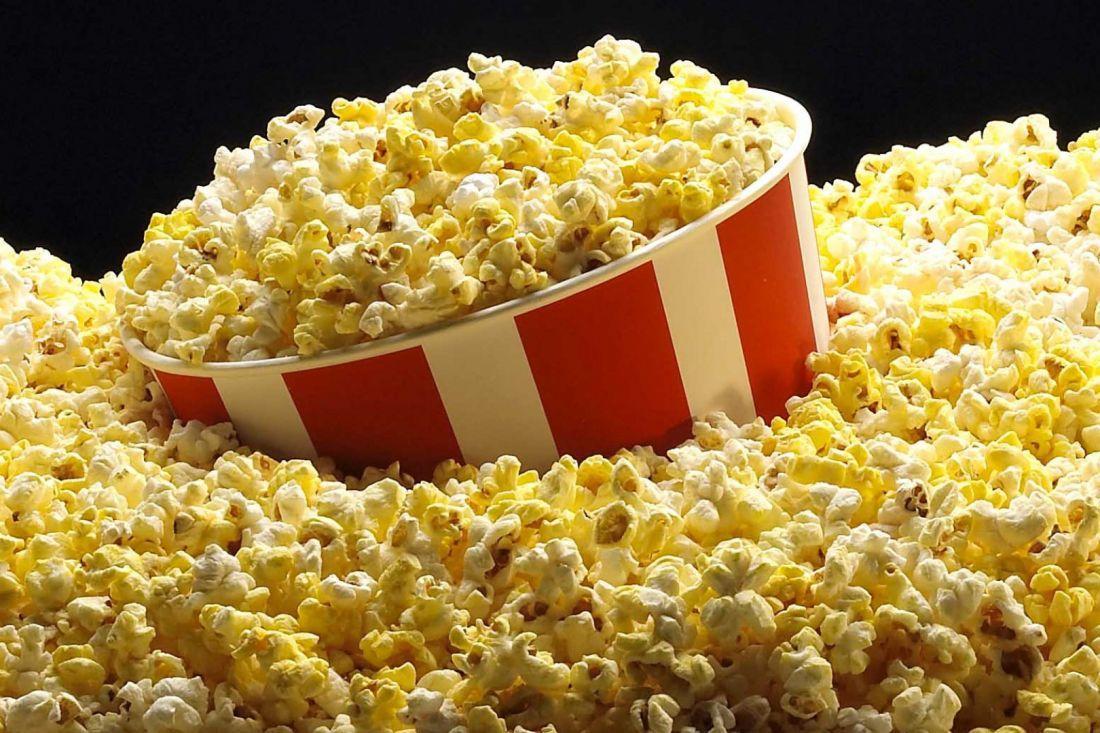 Как приготовить попкорн в микроволновке: бюджетный рецепт