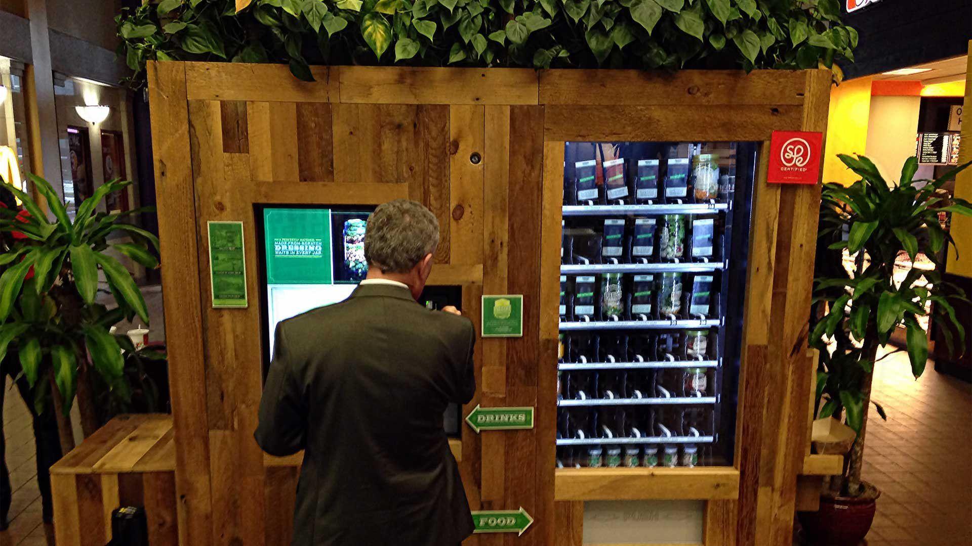 Свежая бизнес идея: салаты из торговых автоматов
