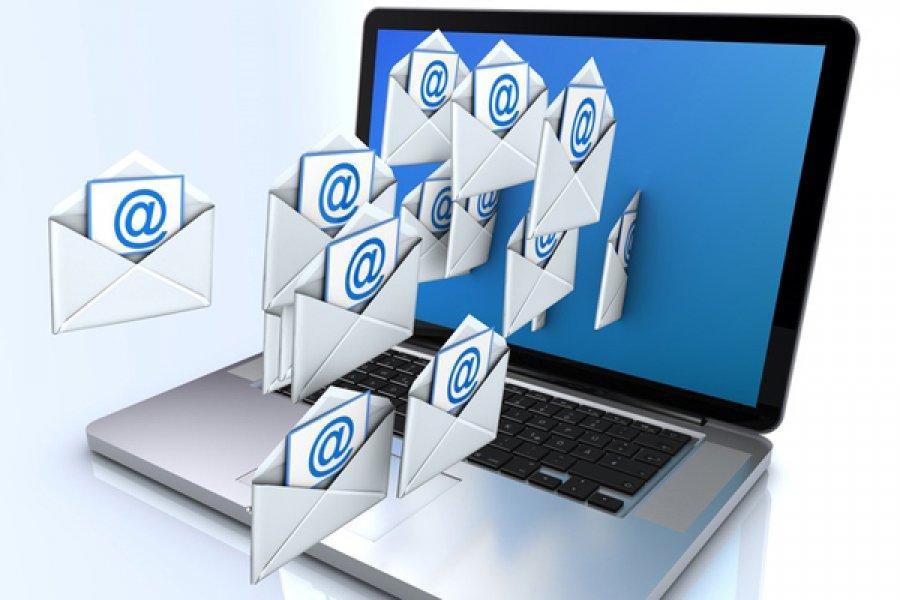 Отвечайте на электронные письма сразу, не держите партнера в неведении