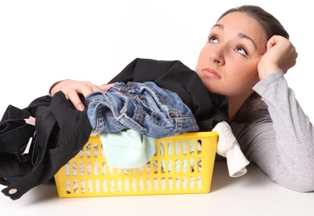 Как отстирать спортивную одежду, пропитанную потом