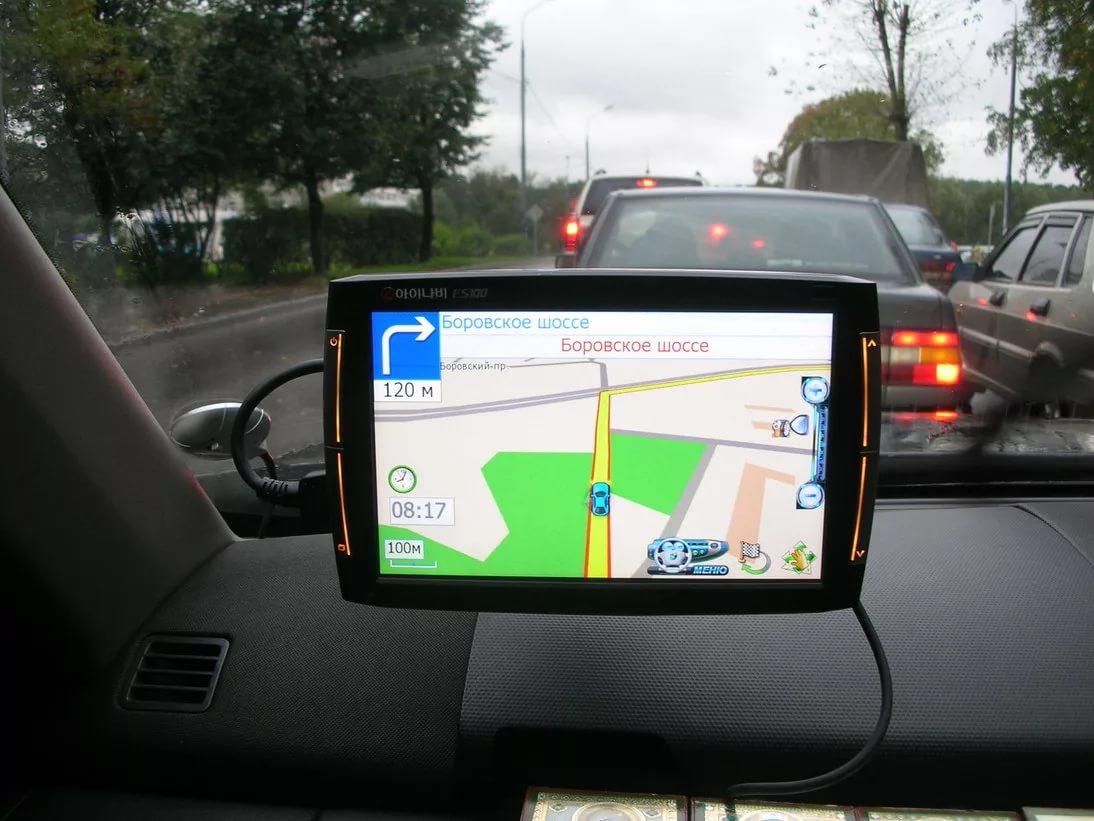Как выбрать навигатор GPS