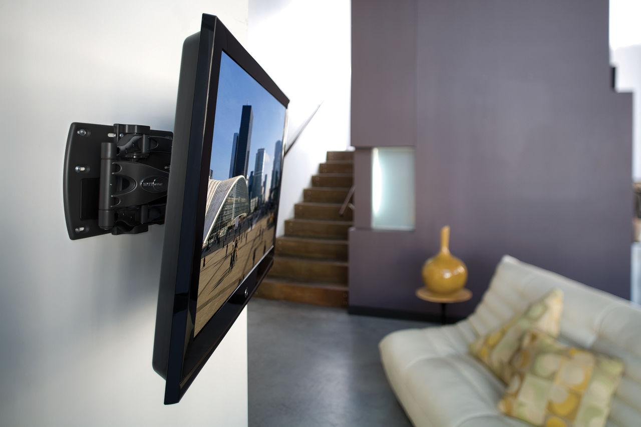 Как выбрать кронштейн для телевизора на стену? Очищаем интерьер от столиков и полок