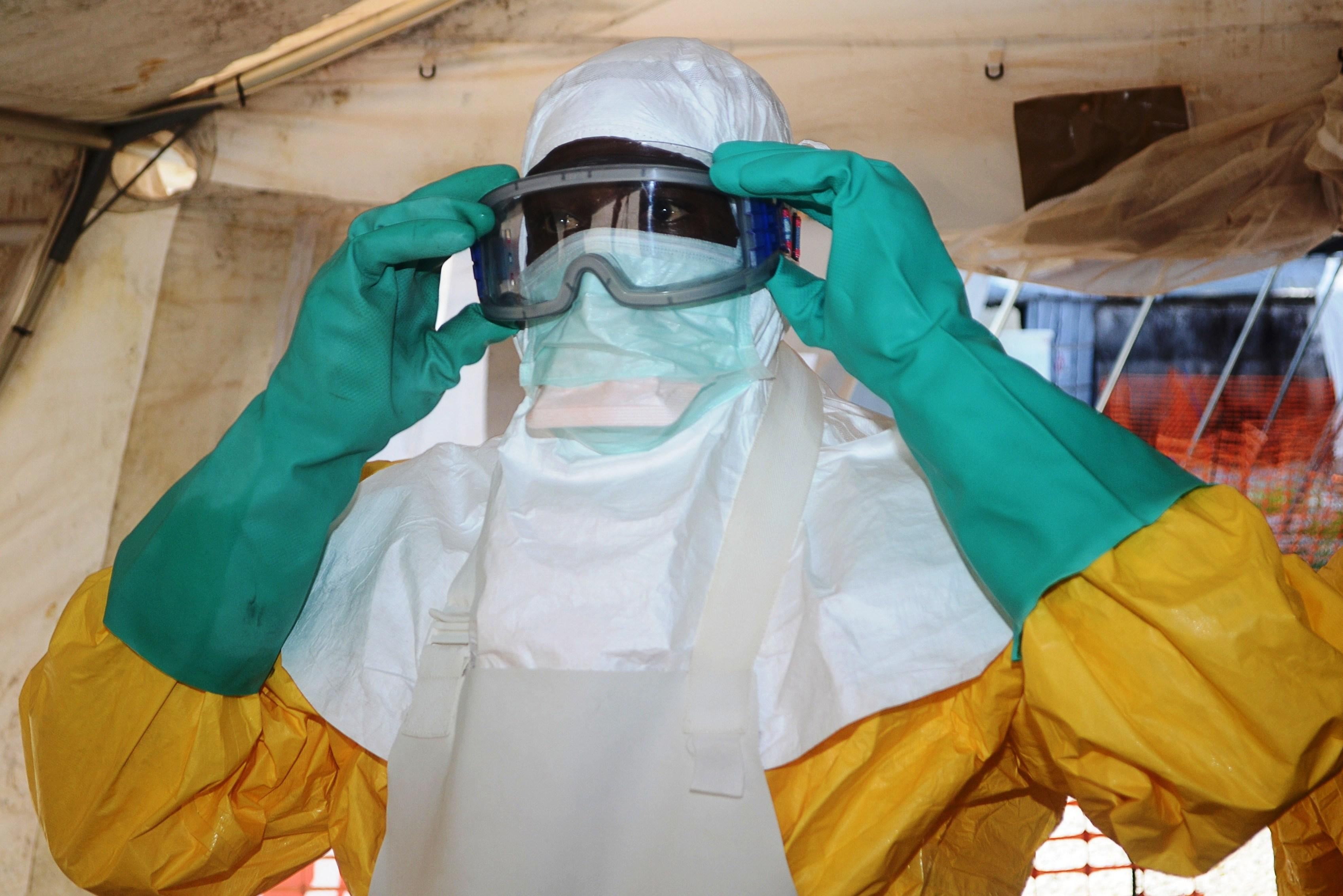 Как защитить себя от вируса Эбола